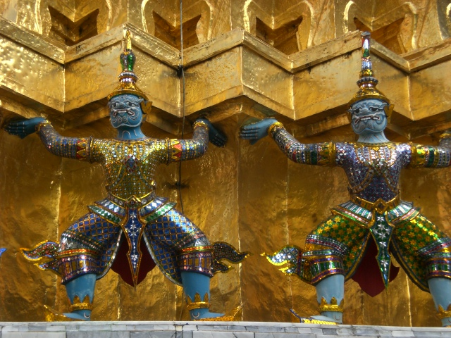 Statues of mythical guards