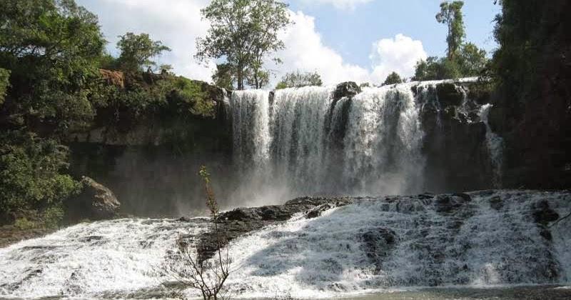 Bou Sra waterfall in Mondulkiri