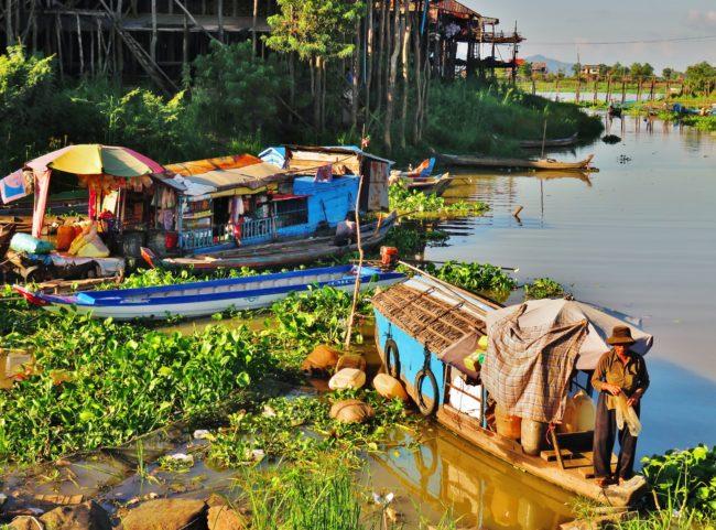 Kampong Chhnang fishing boats