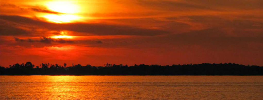 Sunset on the Mekong at Kampong Cham