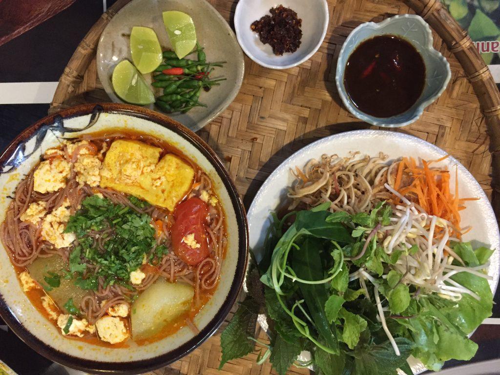 Bún riêu is one of 9 vietnam foods