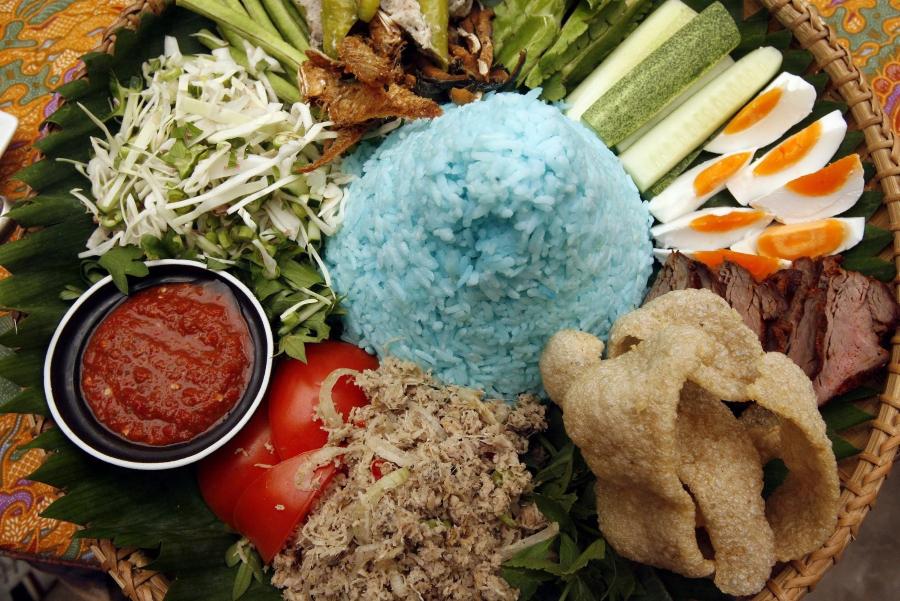 Nasi Kerabu - Malaysia food