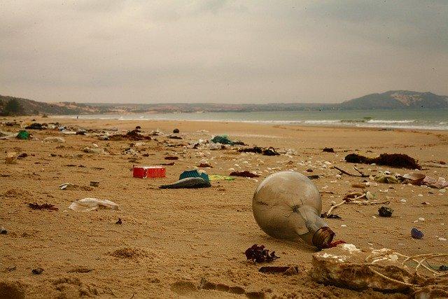 Plastic on the Vietnam beach