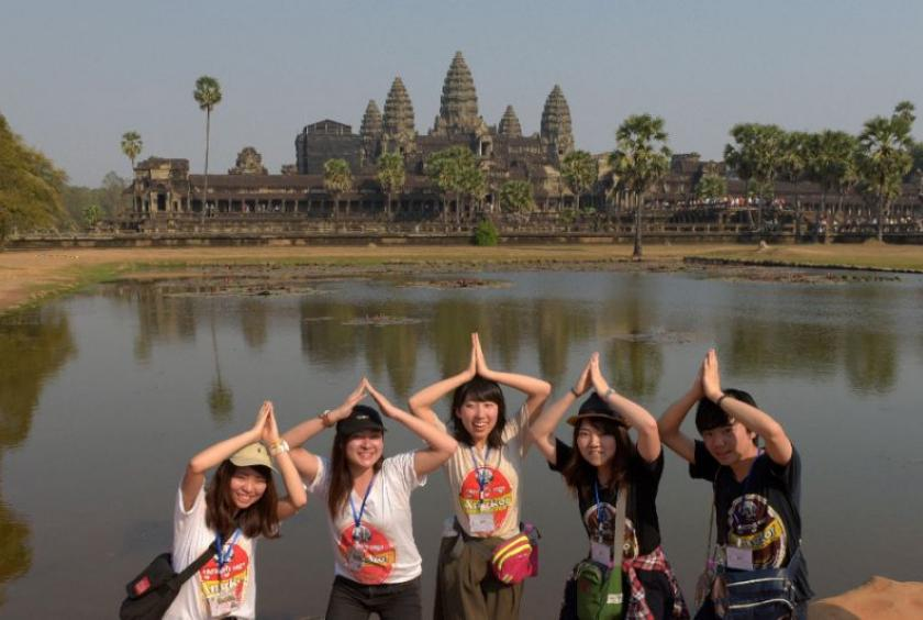 Chinese tourists at Angkor Wat